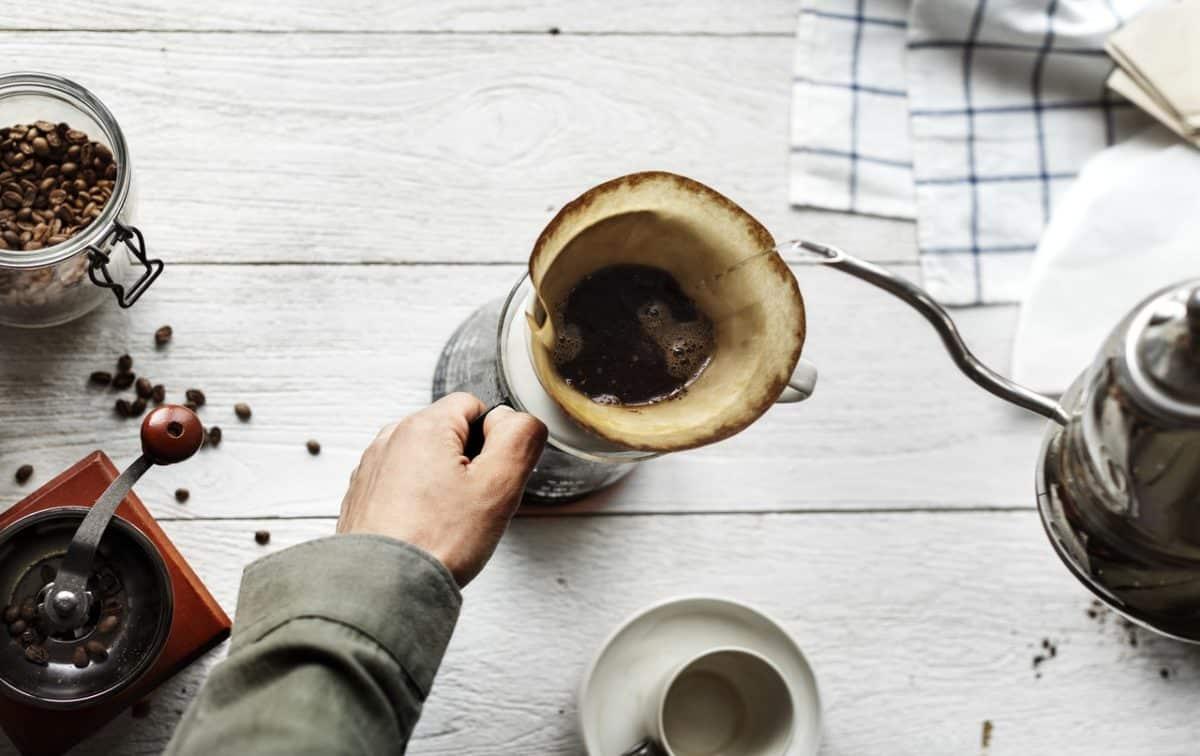 filterkaffe med tragt