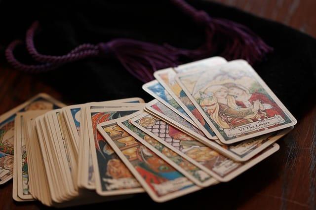 Tarotkort – spændende kortlæsning