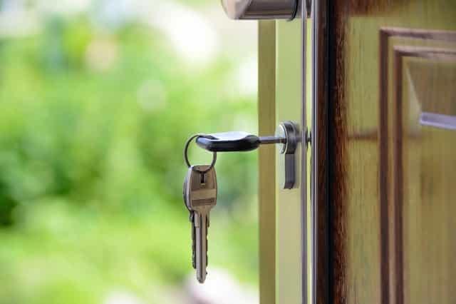Skal du til at købe dit første hus? Gode råd til førstegangskøbere